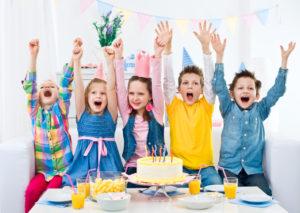 541717becc0f426cbdd758d75afd70a3-300x213 Детский день рождения в квест-комнате – лучшее решение заботливых родителей