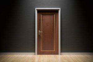 door-1587023_960_720-300x202 Экономим на квест комнате