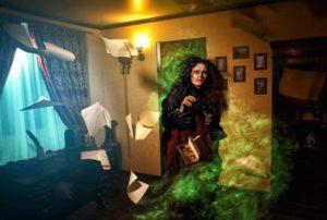 taboo_quest_staruha_photo1-300x202 Чого чекати в квест кімнаті?